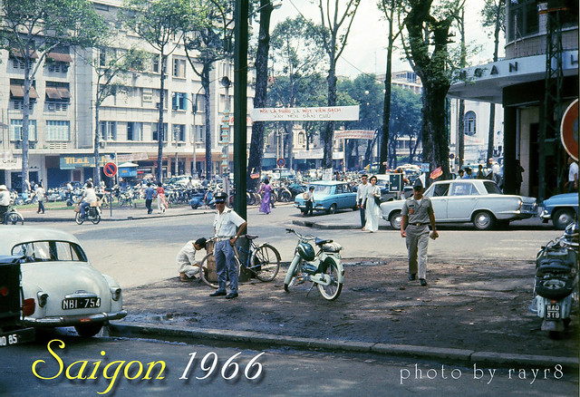 SAIGON 1966 - photo by rayr8