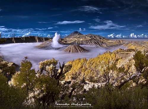travel vacation sky cloud mountain tree nature indonesia nikon hiking ngc aerialview mount infrared bromo semeru scapes batok mountbromo eastjava infraredphotography penanjakan azrudin azrudinphotography