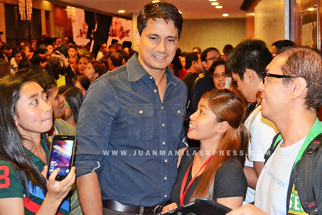 ACTOR RICHARD GOMEZ. Gomez plays a cop in the movie The Janitor.