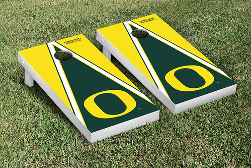 Oregon Ducks Cornhole Game Set Triangle Version