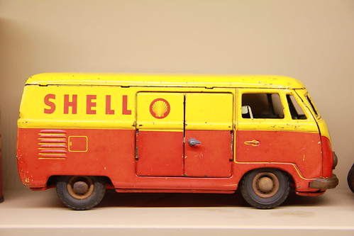 Lowered Tin toy Shell bus