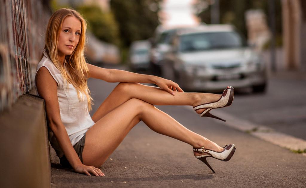 She Got Legs And I Got 85mm F14 Model Sara Elena Camera Flickr