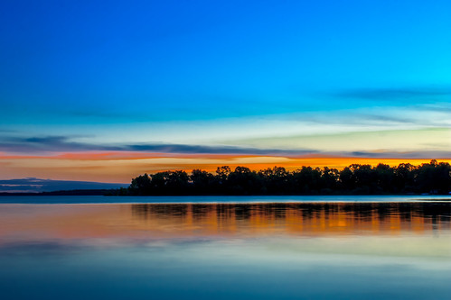 longexposure blue red summer sky orange lake minnesota sunrise landscape eos shadows efs1855mm roadtrip mn rebelt3 canonrebelt3