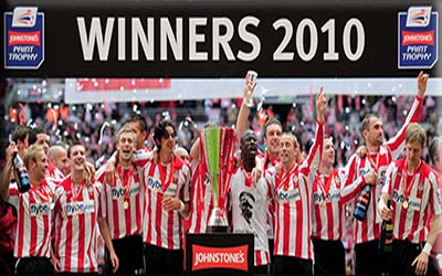 picture of Southampton FC celebrating