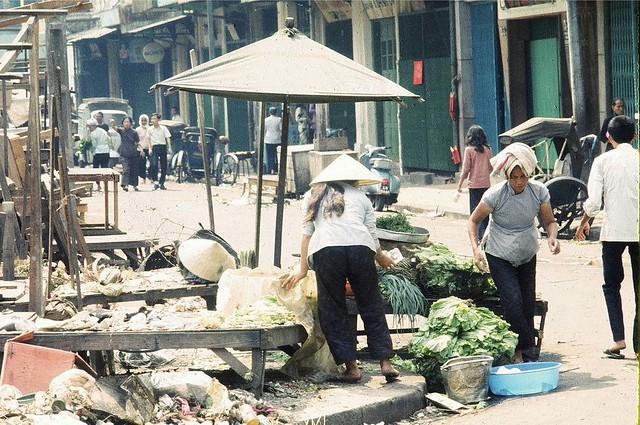 1969  promenade dans les rues de My-Tho