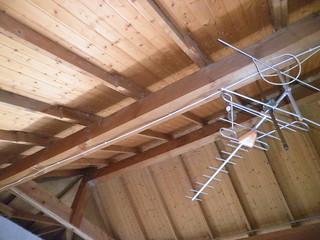 Antena dentro del garaje