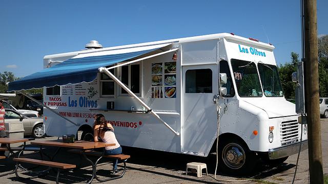 Los Olivos Pupusa Truck in Des Moines, Iowa