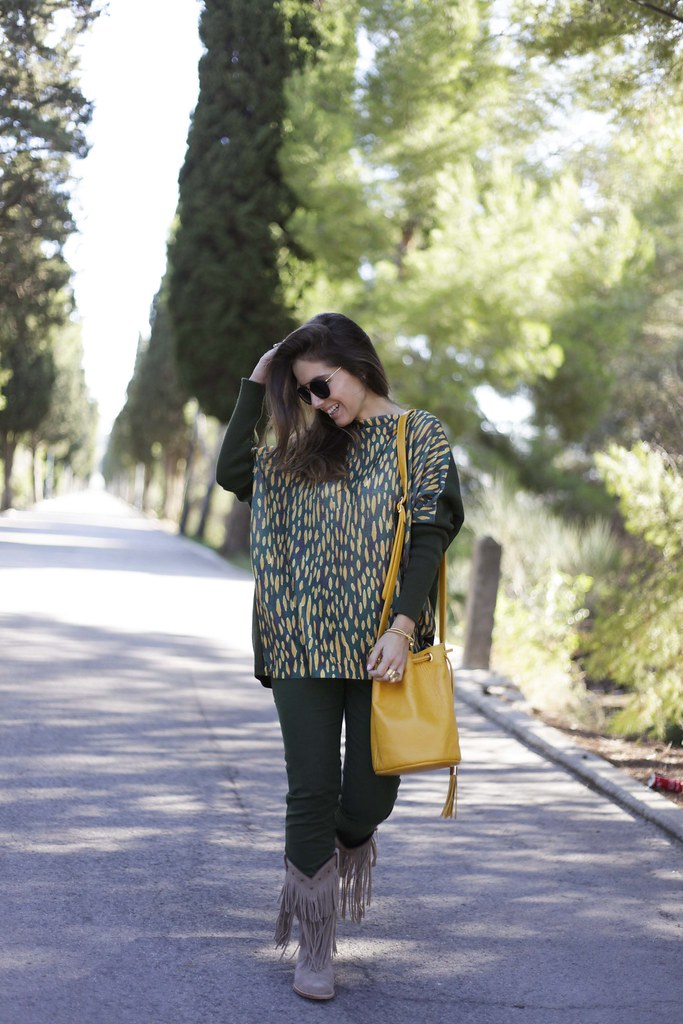 010_GREEN_LOOK_FOR_AUTUMN_WITH_RÜGA_FASHION_BLOGGER_THEGUESTGIRL