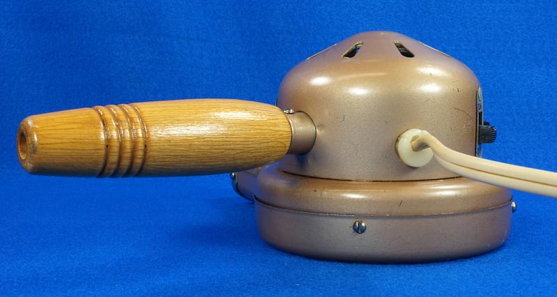 RD14519 Vintage 1949 Mid Century Kenmore Electric Hair Dryer # 559 8309 Wood Handle DSC06216