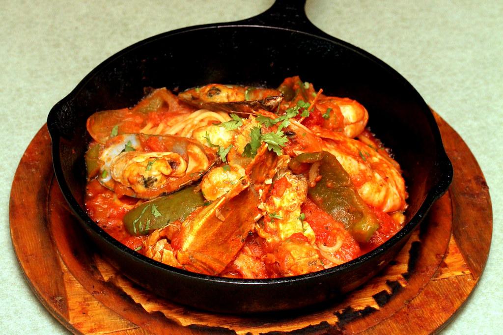 杰姆美食之旅:西班牙海鲜铁板