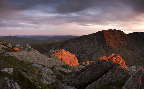 In the absence of expectations - Late light on Glyder Fach from Tryfan - Explored