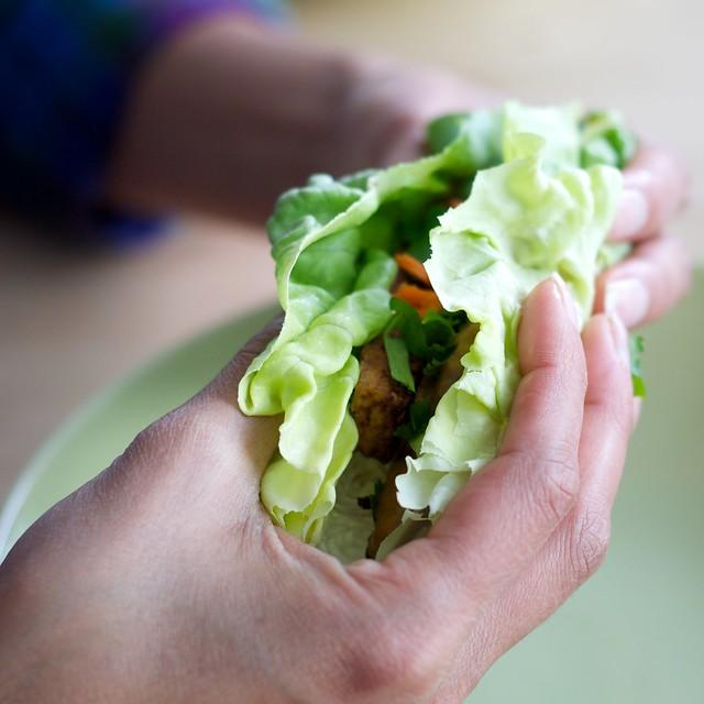 Tofu lettuce wraps