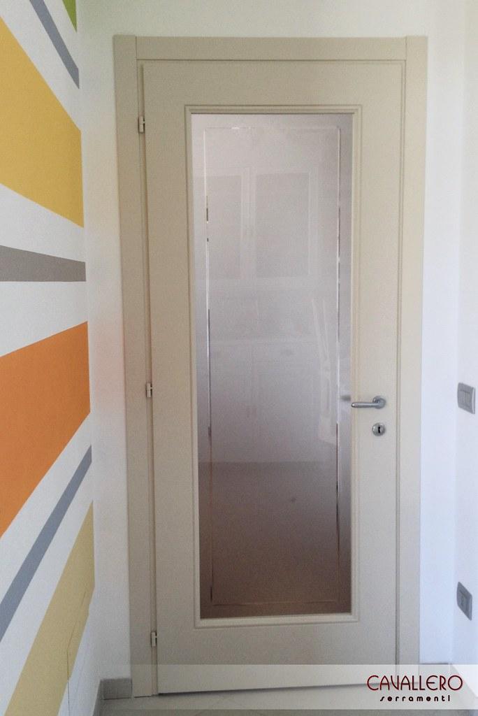 Verniciare porte interne bianche mz96 regardsdefemmes - Porte da interno bianche ...