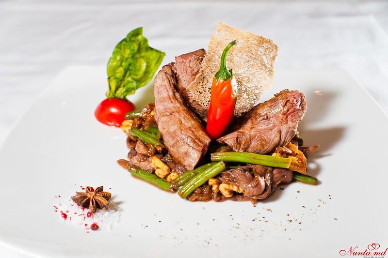 Restaurantul Vila Nouă