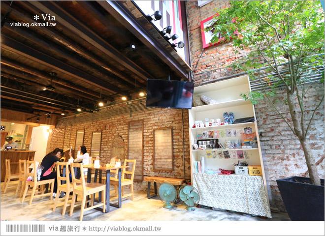 【阿朗基咖啡】台南店開幕囉!台南老屋餐廳推薦~老屋改造+可愛療癒系的新餐廳3