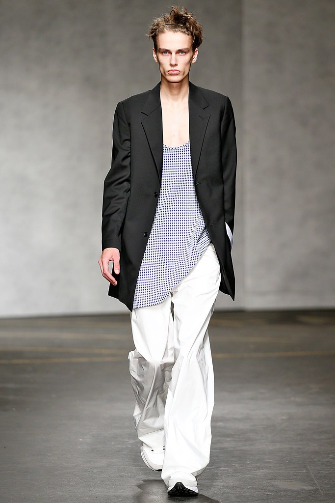 Marc Schulze3032_SS15 London Xander Zhou(VOGUE)