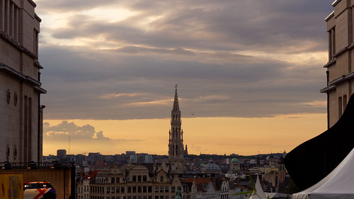 sunset brussels weather sunrise dawn soleil twilight divers cloudy dusk bruxelles dxo bsf crepuscule levedesoleil 2014 aube editedphoto couchedesoleil brusselssummerfestival sharedingroup createdbydxo