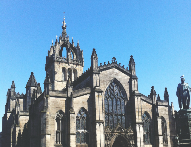 6 vivatramp lifestyle book blogger uk edinburgh cathedral scotland