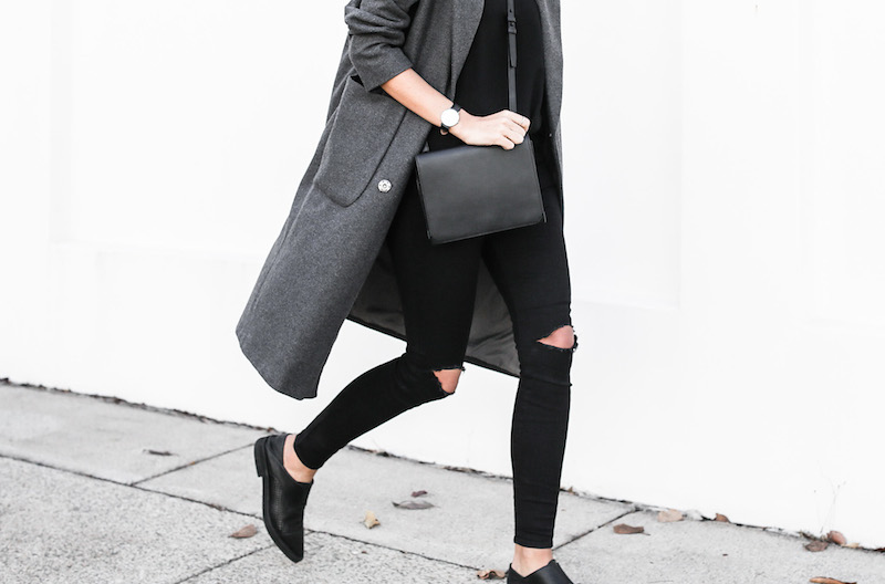 modern legacy fashion blog Australia street style off duty ASOS long grey oversized coat Lee ripped knee black skinny jeans Helmut Lang oxfords Alexander Wang Prisma bag (12 of 13)