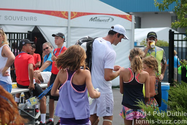 children chasing after Gabashvili