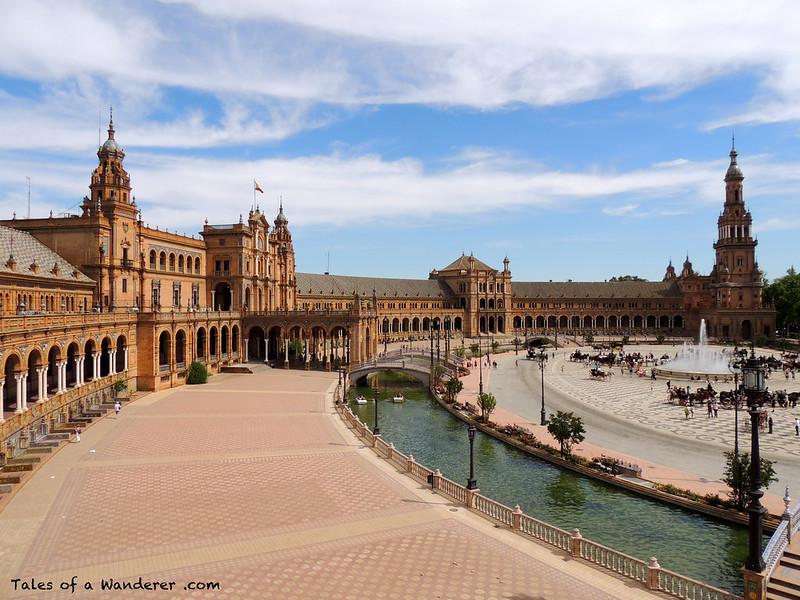 SEVILLA - Plaza de España - (XXIXª Exhibición de Enganches 2014 - Desfile inaugural)