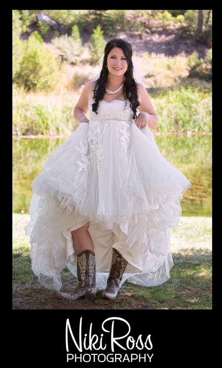 BrideShowingBoots