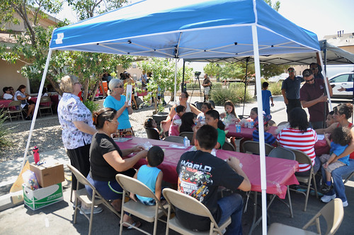 Volunteers from the Children's Reading Foundation of Doña Ana County provide free books and read stories during lunch to help kids return to class ready to learn.