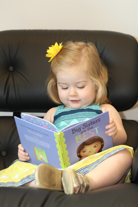 Reading how to be the best big sister