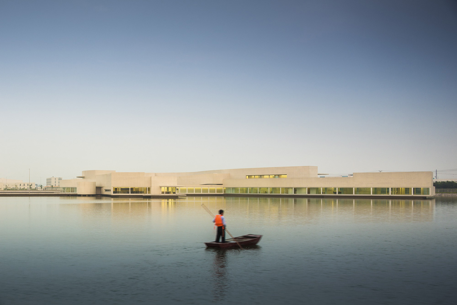 mm_The Building on the Water design by Álvaro Siza + Carlos Castanheira_10