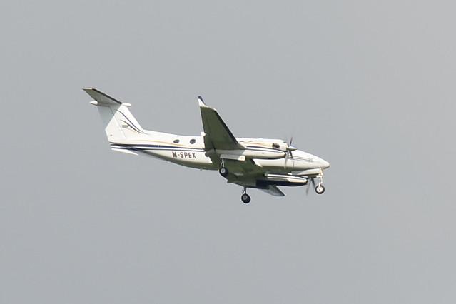 M-SPEX Beech 300