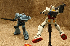 RX-78-2 vs Gouf Custom