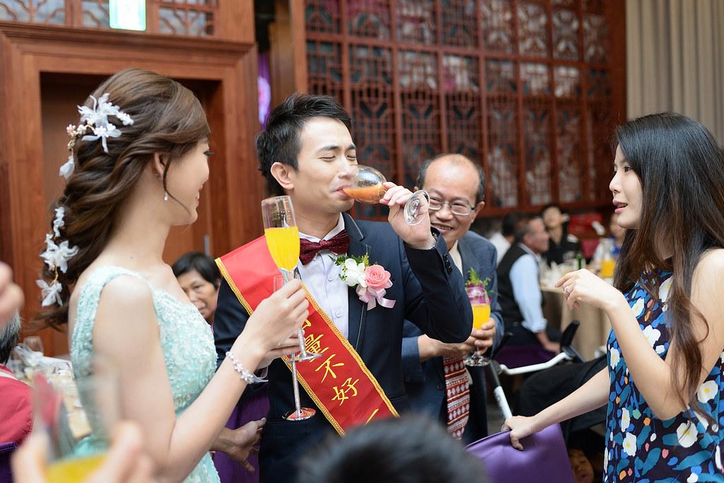 台中婚攝,找婚攝,婚攝ED,婚攝推薦,婚禮紀錄,婚禮記錄,婚攝,婚禮攝影師,新人推薦,嘉義鈺通飯店
