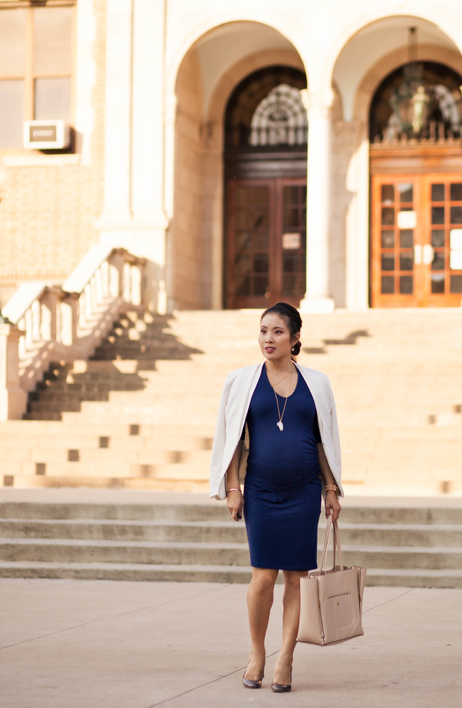 cute & little blog | petite fashion | maternity baby bump pregnant | isabella oliver arran dress, stella dot layered necklaces, nude tote | second trimester