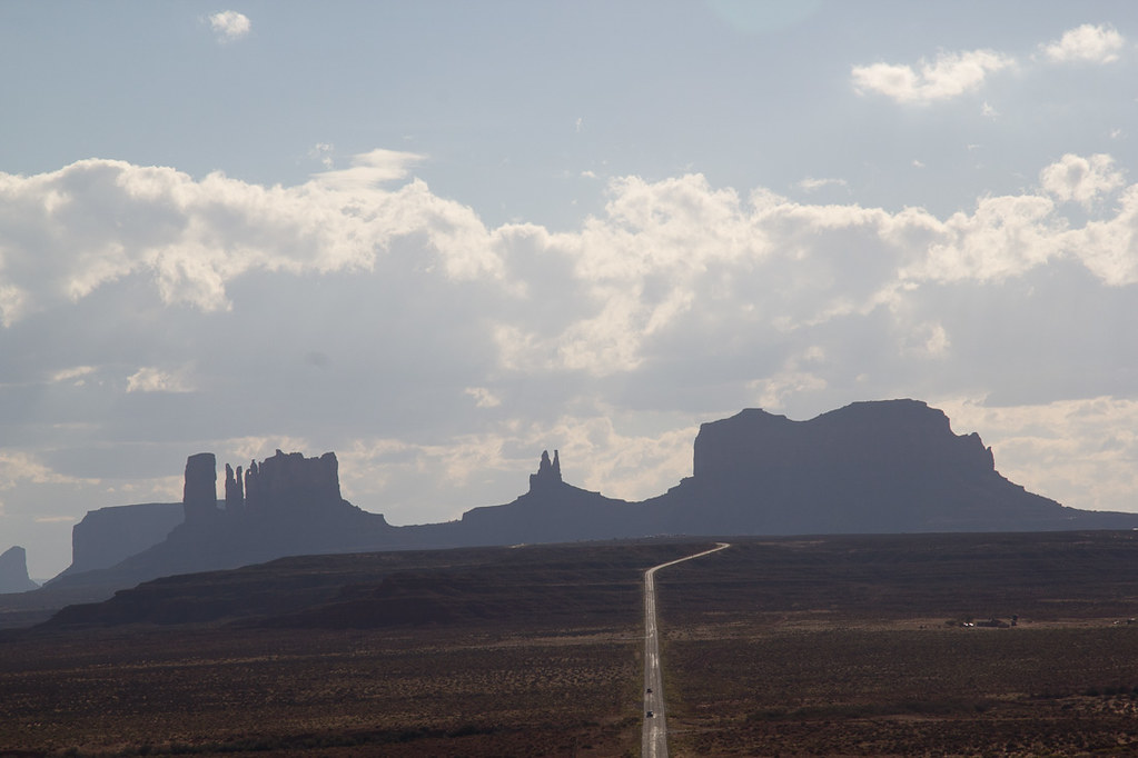Viewing Monument Valley from Road