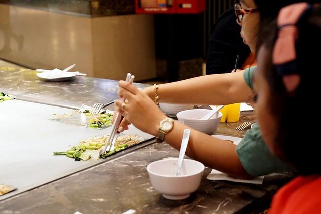 review - pavilion food court - food republic-002