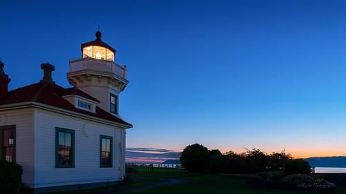 autumn sunset lighthouse fall nikon sunsetglow pacificnorthwest pugetsound tamron snohomishcounty mukilteo bythesea d610 northwestwashington ryderphotographic tamronsp240700mmf28divcusd howardryder