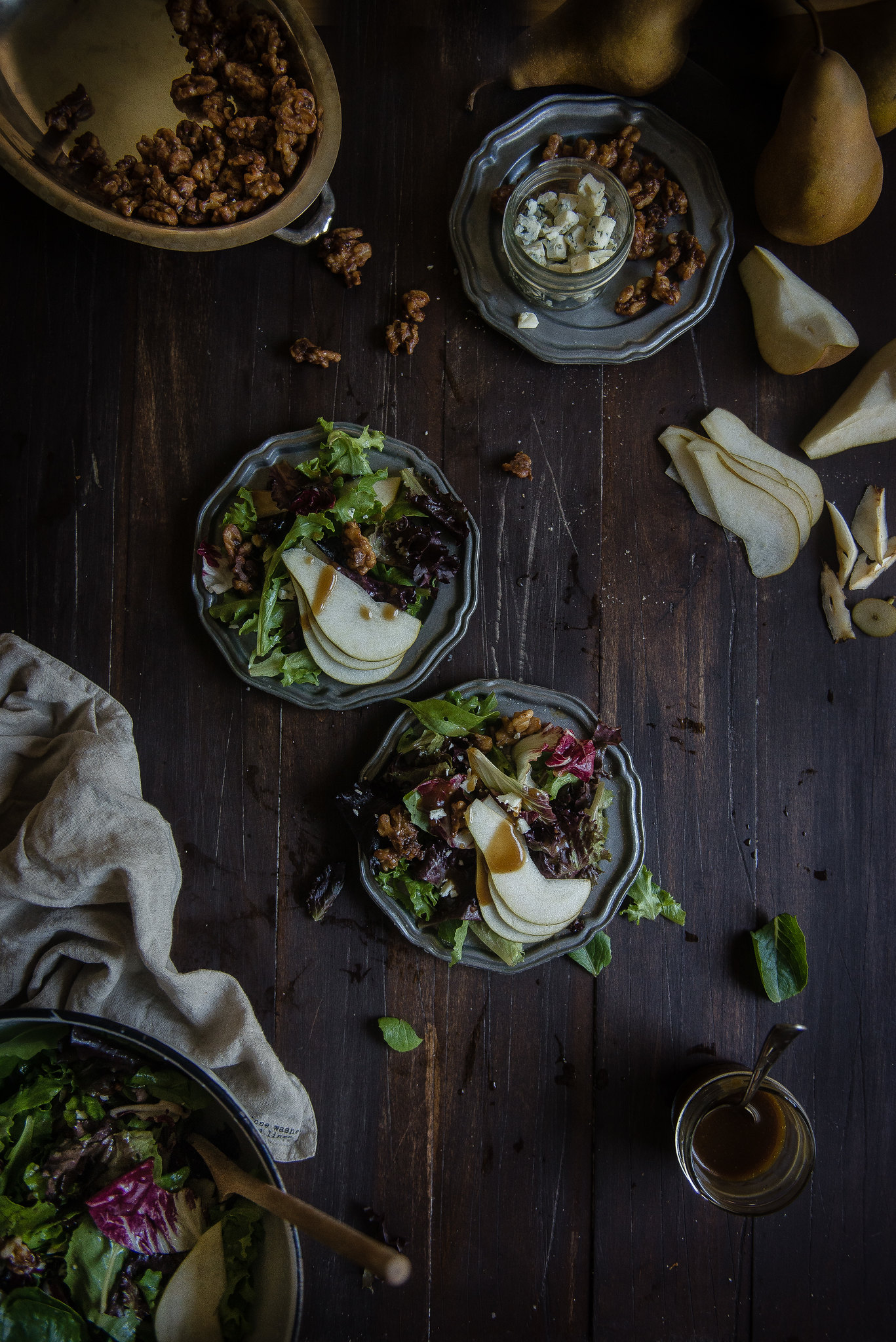 fall salad with pear, gorgonzola, and cinnamon-glazed walnuts