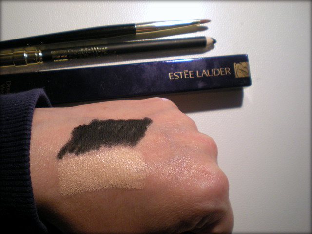 Estée Lauder Double Wear Stay-in-Place Eye Pencil - swatch