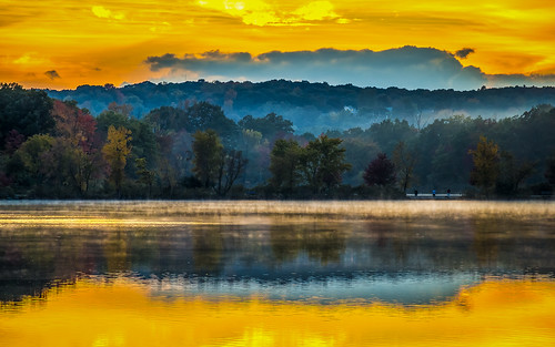 new autumn sunset england fall pond massachusetts foliage horn woburn