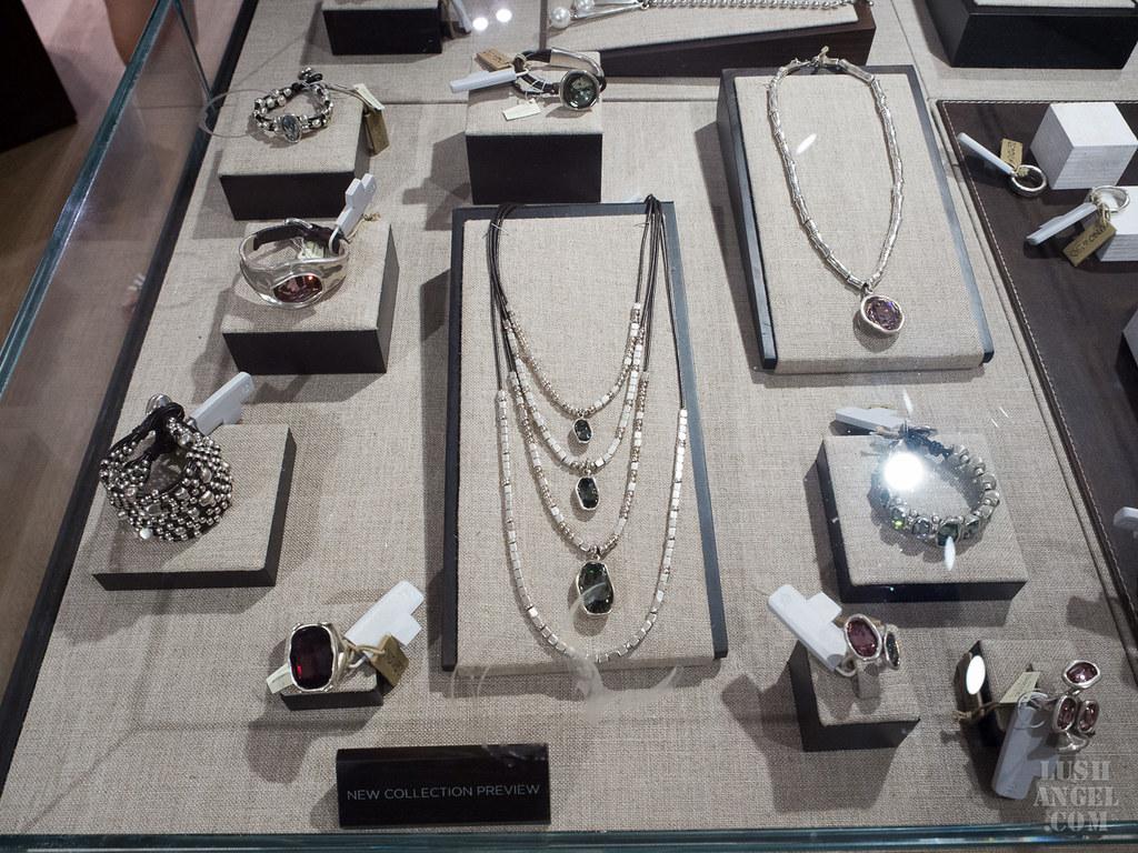uno-de-50-necklace