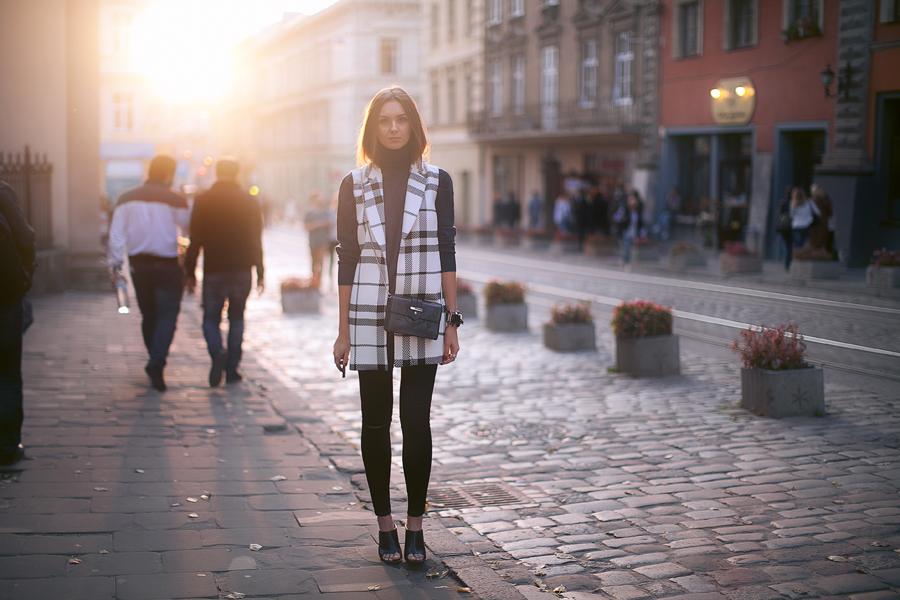 sleeveless-coat-street-style-fashion-blog