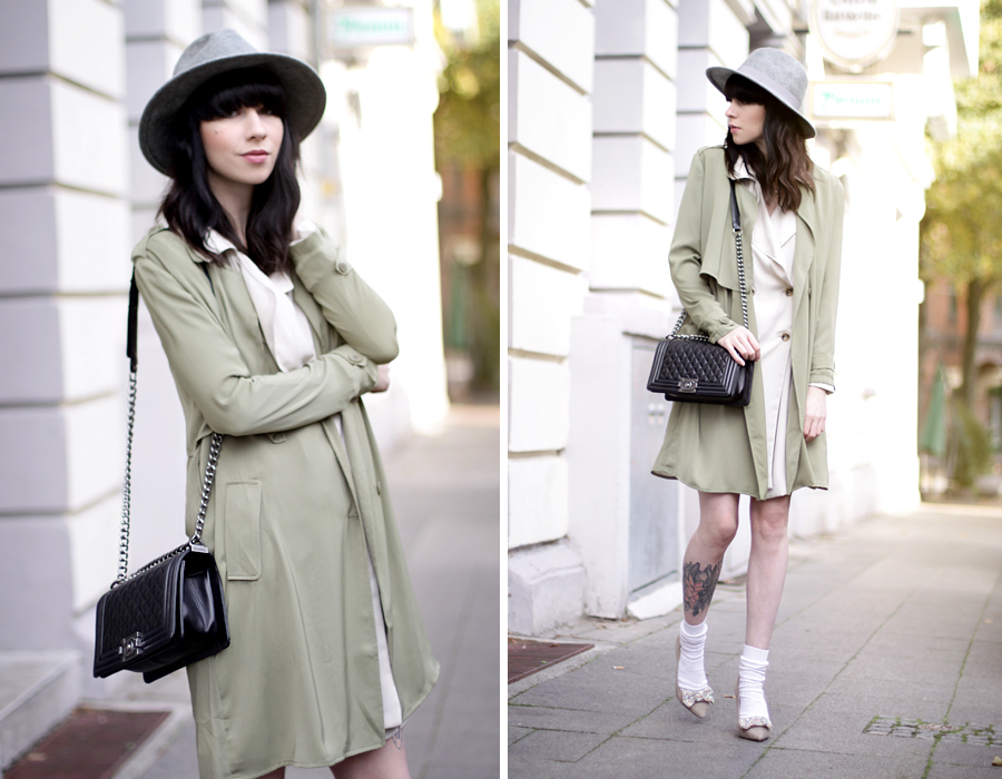 Fashionpills green trench autumn fall styling grey hat chanel le boy socks in pumps styling ootd outfit fashionblogger blogging cats & dogs ricarda schernus 5