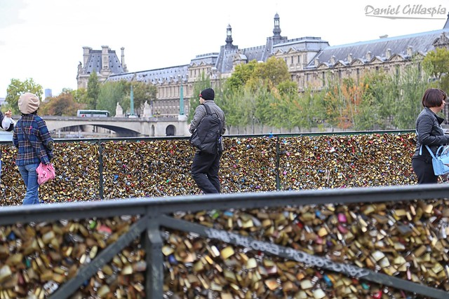 LoveLockBridge 2