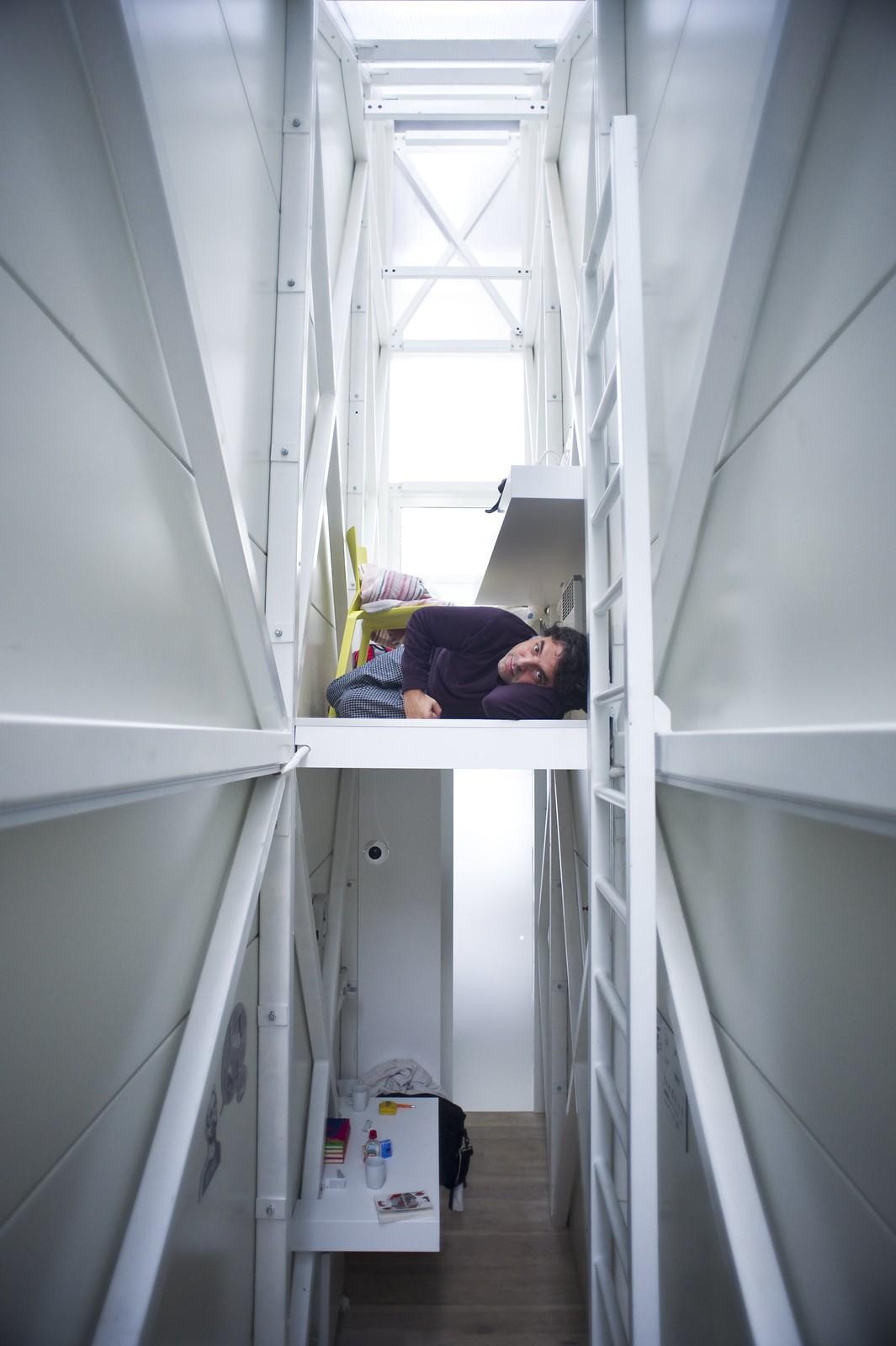 Jakub Szczesny - Inside The Keret House 世界最瘦屋 - Photo 22