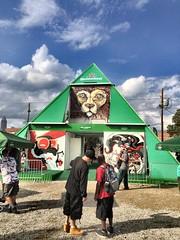 858 Heineken Pyramid
