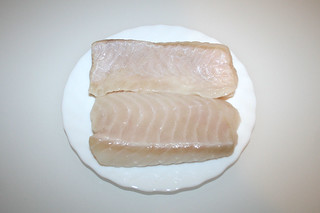 02 - Zutat Steinbeißer-Filet / Ingredient fish filet (spined loach)