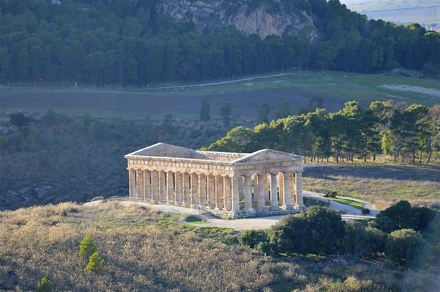 Vista sul tempio di Segesta