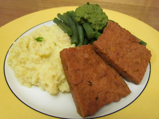"Autumn Dinner Menu: Green Beans with Basil-Pecan Pesto Sauce; Millet Mashed ""Potatoes""; Maple-Glazed Tempeh"