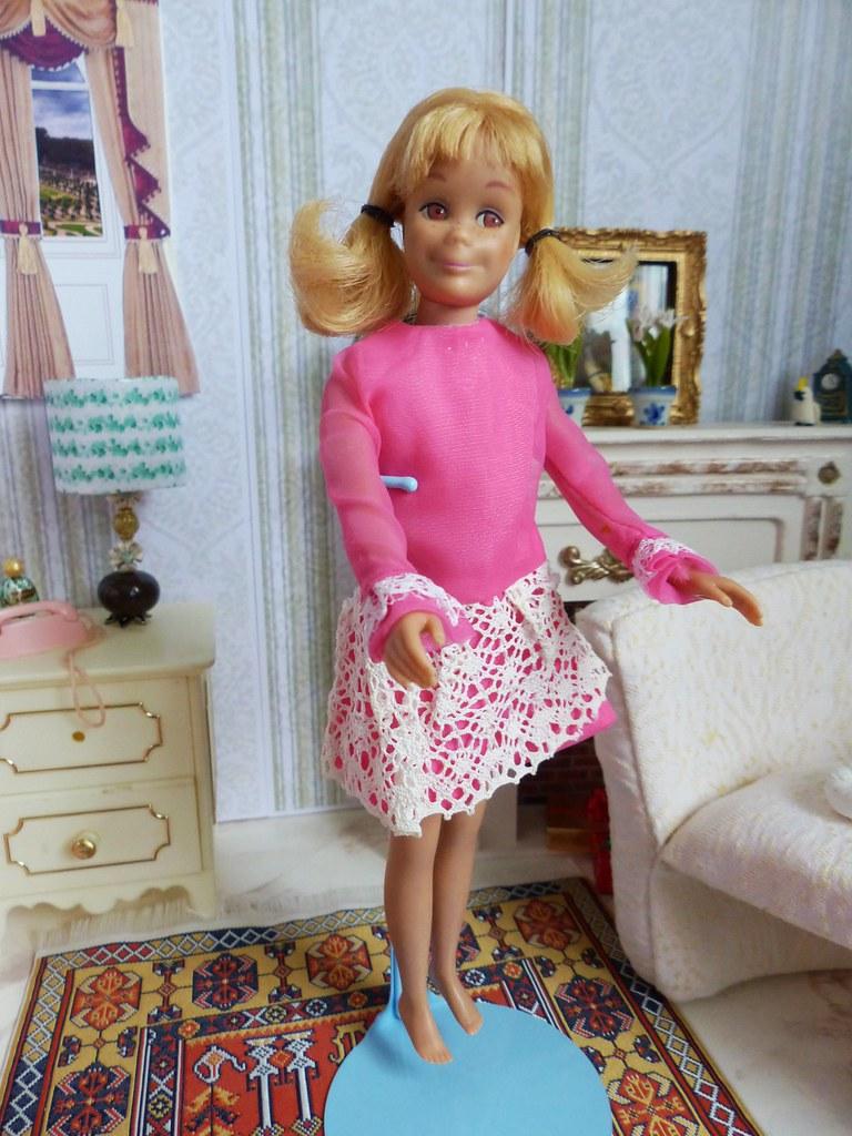 Barbie vintage poup e scooter skooter amie de skipper all for Accessoires maison barbie