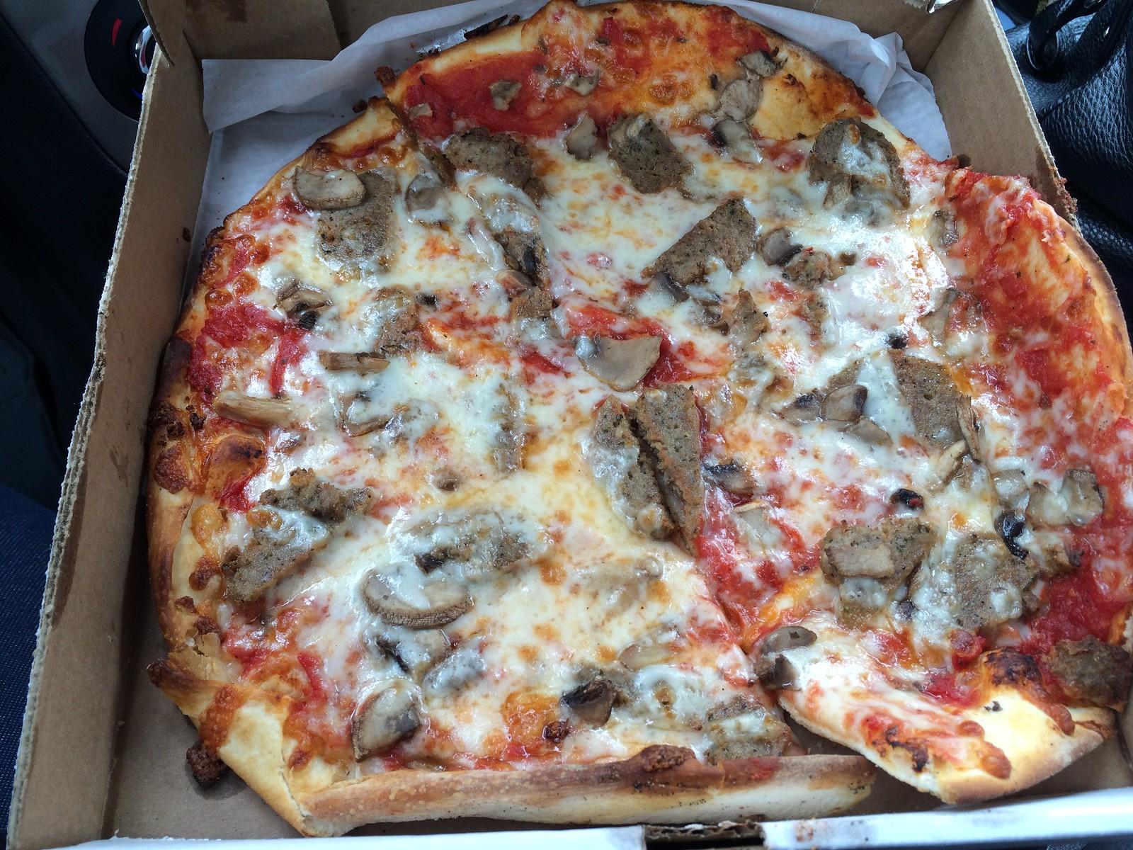 Calacinos Pizzeria